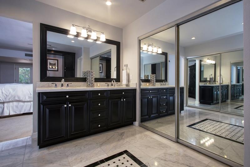 Scottsdale bathroom remodeling with design-build bath renovation