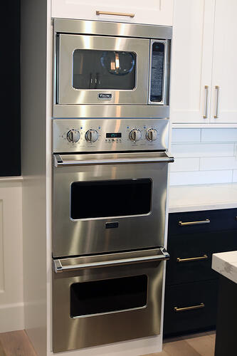 Chandler kitchen remodel contractor with Viking appliances