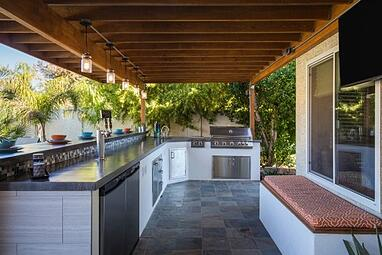 Outdoor BBQ Kitchen in Chandler, AZ by design-build contractor and interior designer