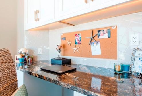 desk area 2