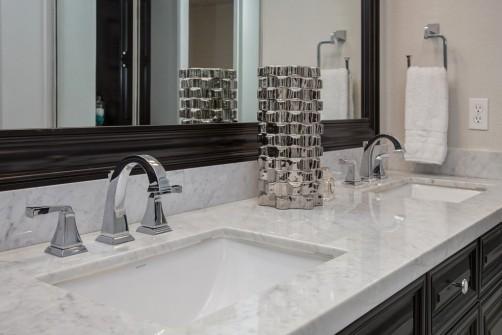 bathroom remodeling contractor in scottsdale, az